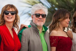 Cannes, France - 17 MAY 2016 - Emma Suarez, director Pedro Almodovar, actresses Adriana Ugarte attend the 'Julieta' photocall during the 69th annual Cannes Film Festival